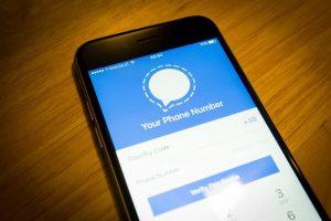 China blocks Signal Application